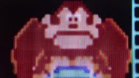 Makroextrem-Abschluss oben des Gorillacharakters ('Esel Kong') '' vom Esel Kon stock footage