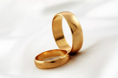 Guldbröllop ringer Royaltyfri Foto