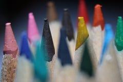 Makrofoto von farbigen Bleistiften Stockbilder
