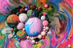 Makrofotografi av färgrika bubblor LXXVII fotografering för bildbyråer