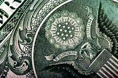 Makrofotografi ett slut upp, detalj av räkningen för dollar 100 Arkivfoto