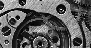 Makroschuß der mechanischen Uhrbewegung stock footage