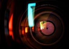 Makroschuß des vorderen Elements eines Kameraobjektivs Stockfotos