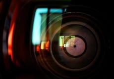 Makroschuß des vorderen Elements eines Kameraobjektivs Stockfotografie