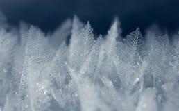 Makroschuß von Eiskristallen Stockfotos