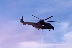 Malásia, 2016 - helicóptero malaio real das forças aéreas durante o airshow militar em Kuala Lumpur International Airport Imagens de Stock Royalty Free