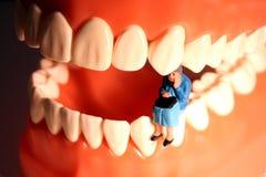 mal di denti anziano della signora Fotografia Stock