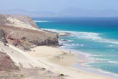 Mal Nombre strand på den sydostliga kusten av Fuerteventura Arkivbilder