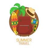 Mala de viagem do turista e símbolos das férias Imagem de Stock Royalty Free
