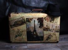 Mala de viagem e chapéu do vintage Imagens de Stock