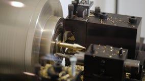 Mala processen för svetsningen för metallarbete för plugghästmaskinerisnittet stock video