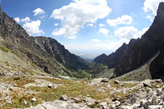 Mala-studena dolina - Tal in hohem Tatras, Slowakei Stockbilder