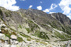 Mala studenadolina - dal i höga Tatras, Slovakien Arkivbild