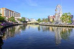 MALACCA, ΜΑΛΑΙΣΙΑ - 23 ΟΚΤΩΒΡΊΟΥ: Malacca μάτι στις τράπεζες Melaka ρ Στοκ εικόνες με δικαίωμα ελεύθερης χρήσης