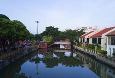 MALACCA MALAYSIA - mars 23: Melaka flod i Malaysia Malacca har listats som en UNESCOvärldsarv efter 7 Juli 2008 Fotografering för Bildbyråer