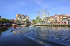MALACCA, MALEISIË - 7 NOV., 2015 de bootzeilen van de Cruisereis op Ma Stock Afbeeldingen