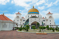 Malacca Straits Mosque. ( Masjid Selat Melaka) It is a mosque located on the man-made Malacca Island near Malacca Town. Malaysia Stock Photos