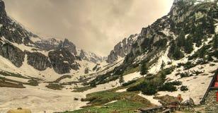 Malaesti en montagnes de Carphatian photographie stock libre de droits