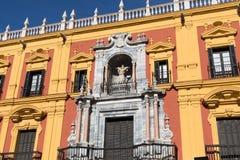 MALAGA ANDALUCIA/SPAIN - JANUARI 02, 2018: Barockt PA för biskop` s Arkivfoto
