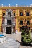 MALAGA ANDALUCIA/SPAIN - MAJ 25: Barock biskops slottdesig royaltyfri fotografi