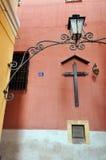 MALAGA, CZERWIEC - 12: Miasto uliczny widok z bufetów tarasami i s zdjęcia stock