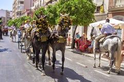 MALAGA, ESPAGNE - AOÛT, 14 : Cavaliers et chariots à Malaga Image libre de droits