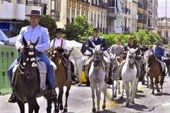 MALAGA, ESPANHA - AGOSTO, 14: Cavaleiro e transportes no Malaga Imagem de Stock