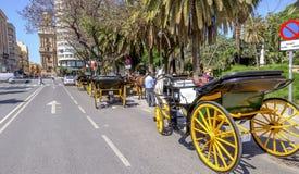 MALAGA HISZPANIA, CZERWIEC, -, 14: Jeźdzowie i frachty w miasta str zdjęcie royalty free