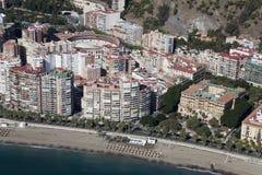 Malaga miasta śródmieścia plaża widzieć od powietrza. zdjęcie royalty free