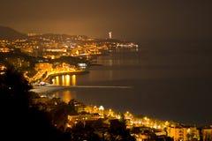 Malaga par nuit Photos libres de droits