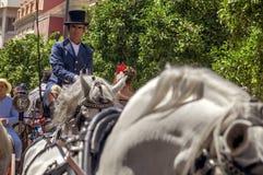 MALAGA, SPAGNA - AUGUSTA, 14: Cavallerizzi e carrelli a Malaga Immagine Stock