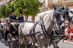 MALAGA, SPAGNA - AUGUSTA, 14: Cavallerizzi e carrelli a Malaga Fotografie Stock