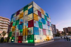 MALAGA SPANIEN - JANUARI 01, 2018: Pompidou mitt i Malaga, Spa Royaltyfria Bilder