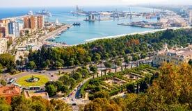 Malaga stad och port arkivfoton