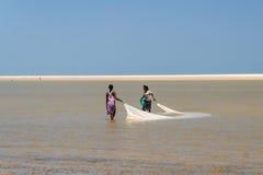 Malagasy αλιεία γυναικών Στοκ Φωτογραφίες