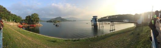 Malahayu sjö på banjarharjobrebes Indonesien Arkivfoton