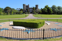 Malahide slott från parkera Royaltyfri Bild