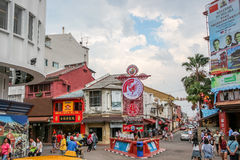 MALAKKA, MALAYSIA - 16. JULI 2016: Jonker-Straße ist die Mittestraße von Chinatown in Malakka Lizenzfreies Stockbild