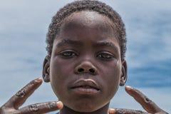 MALANJE/ANGOLA - 10. März 2018 - Porträt des afrikanischen Jungen in der Provinz von Malanje Angola lizenzfreie stockfotografie