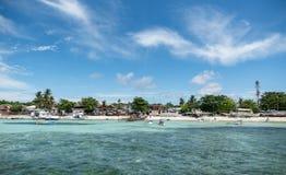 MALAPASCUA, FILIPINAS - 7 DE FEVEREIRO DE 2018: Praia em Malapascua imagem de stock
