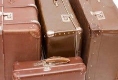 Malas de viagem marrons velhas Imagem de Stock