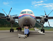 Malasia. Examen 2of2 del mecánico/del ingeniero de aviones Imagen de archivo