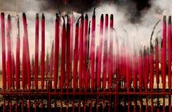 Malasia, Kuala Lumpur: Incienso ardiente Fotografía de archivo libre de regalías