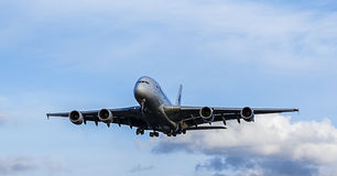 Malaysia Airlines-Passagierflugzeug Airbus A380 Lizenzfreie Stockfotos