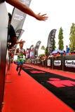 Malaysia-Eisenmann 2014 auf dem abschließenden Home-Run zum Ende Stockfoto