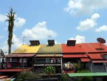 Malaysia. Gemalte Dächer Stockfotografie