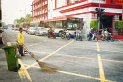 MALAYSIA, PENANG, GEORGETOWN - CIRCA JUL 2014: Traffic stopped a Stock Images