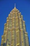 malaysia petronas torn kopplar samman Arkivfoto