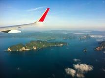 malaysia s för fågelögonliggande tropisk sikt Berg i havet Fotografering för Bildbyråer