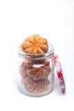Malaysischer traditioneller Mini Sponge Cake in einem Glas Stockfotografie